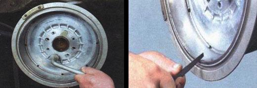 устанавливаем новые задние тормозные колодки на ваз 2106