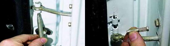 Как снять дверной ограничитель Ваз 2121 Нива 2131