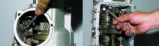 Как снять заднюю крышку коробки передач Нива 2121 и 2131