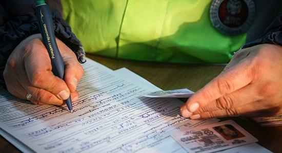 Депутаты разрешили лишать водительских прав за долги